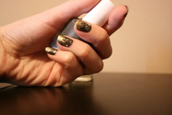 Mani dorée
